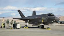 美军遇到大麻烦!只有三分之一F-35能参加战争,印度程序员干的?
